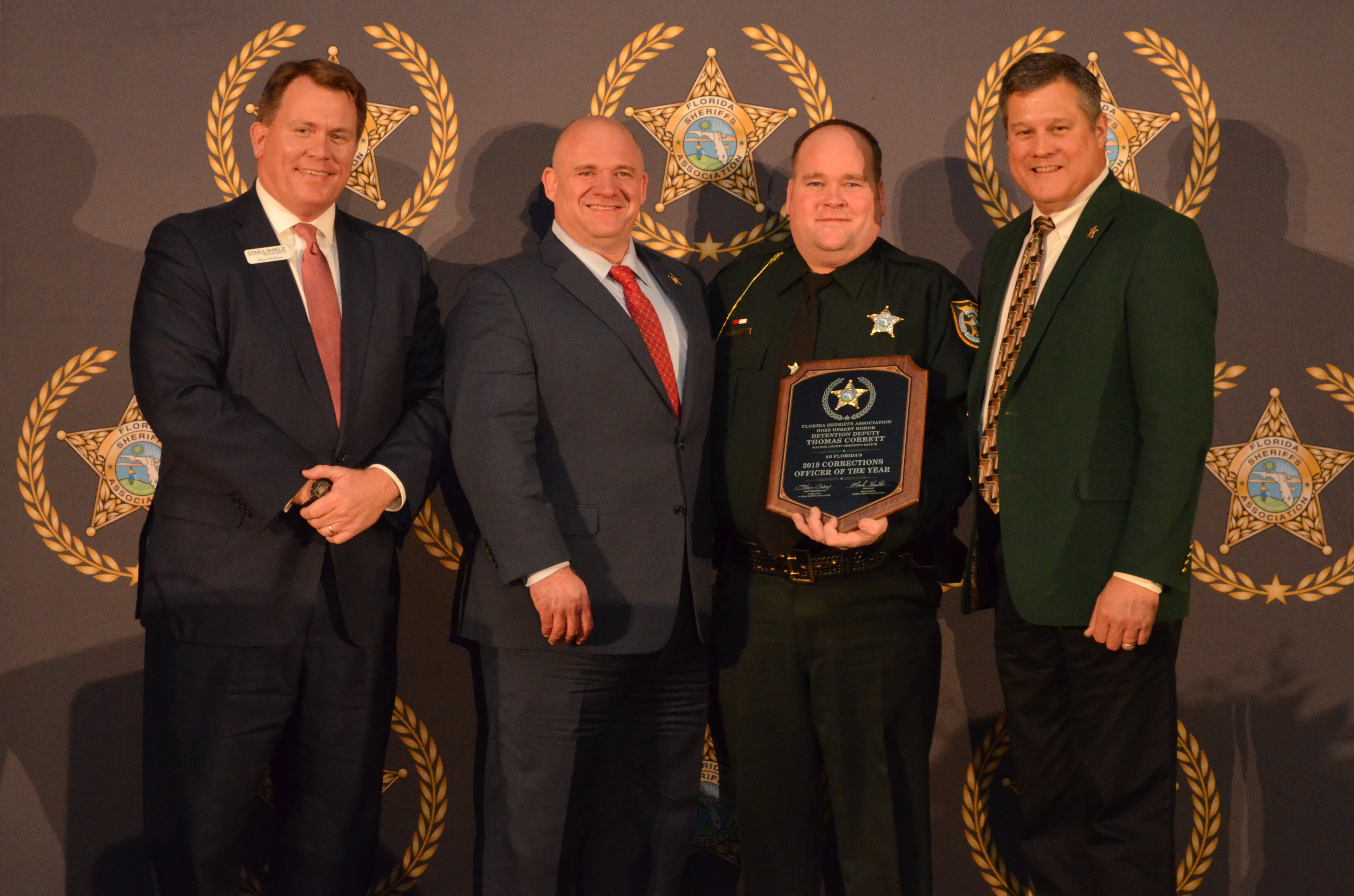 Deputy Corbett receives his award